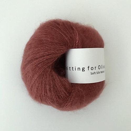 Forest Berry / Støvet Skovbær- Soft Silk Mohair
