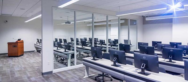 Hagen-Computer Room.jpg