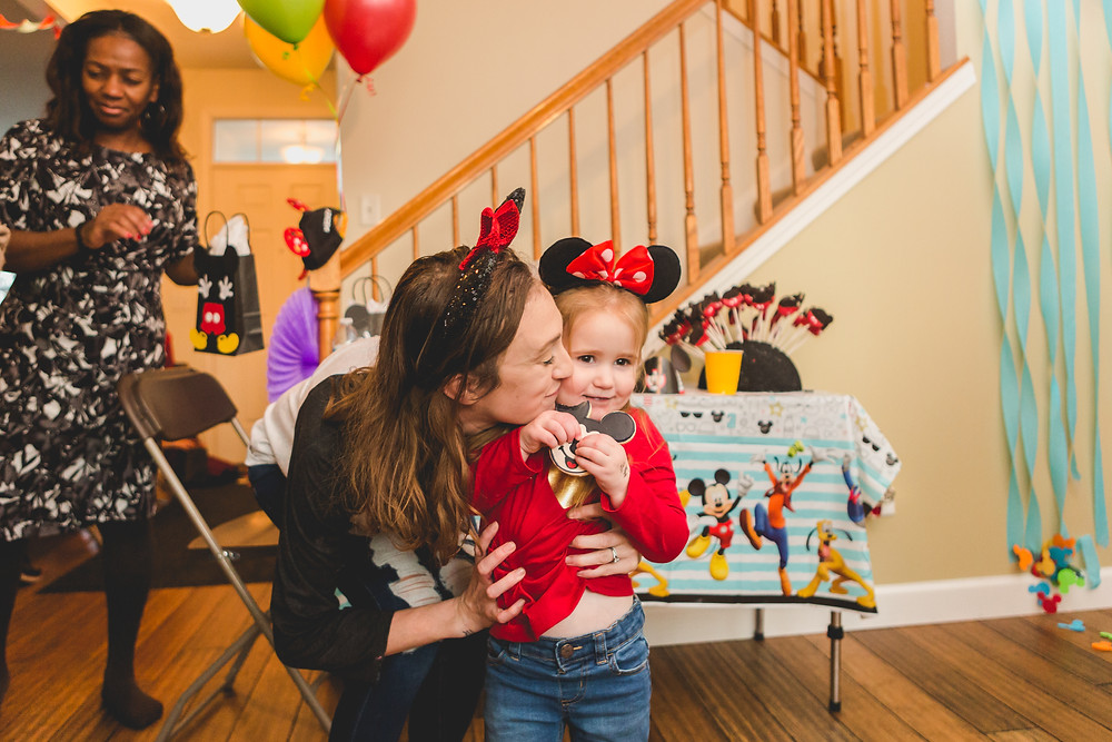 Micky Mouse themed birthday. Illinois Photographer.