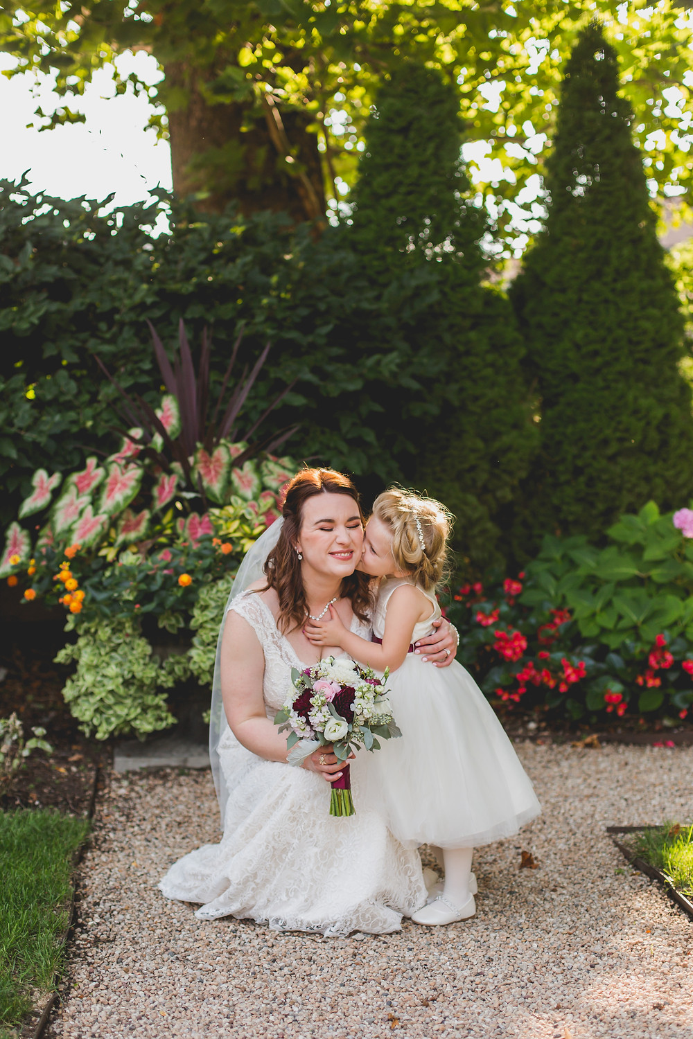 Mom and daughter on wedding day. Hotel Baker Saint Charles IL. wedding photographer