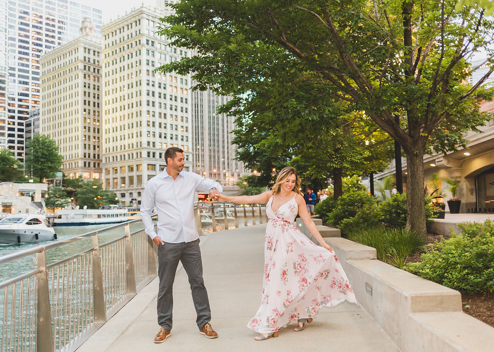 Professional photographer, Chicago Riverwalk, Composed and Exposed Photography
