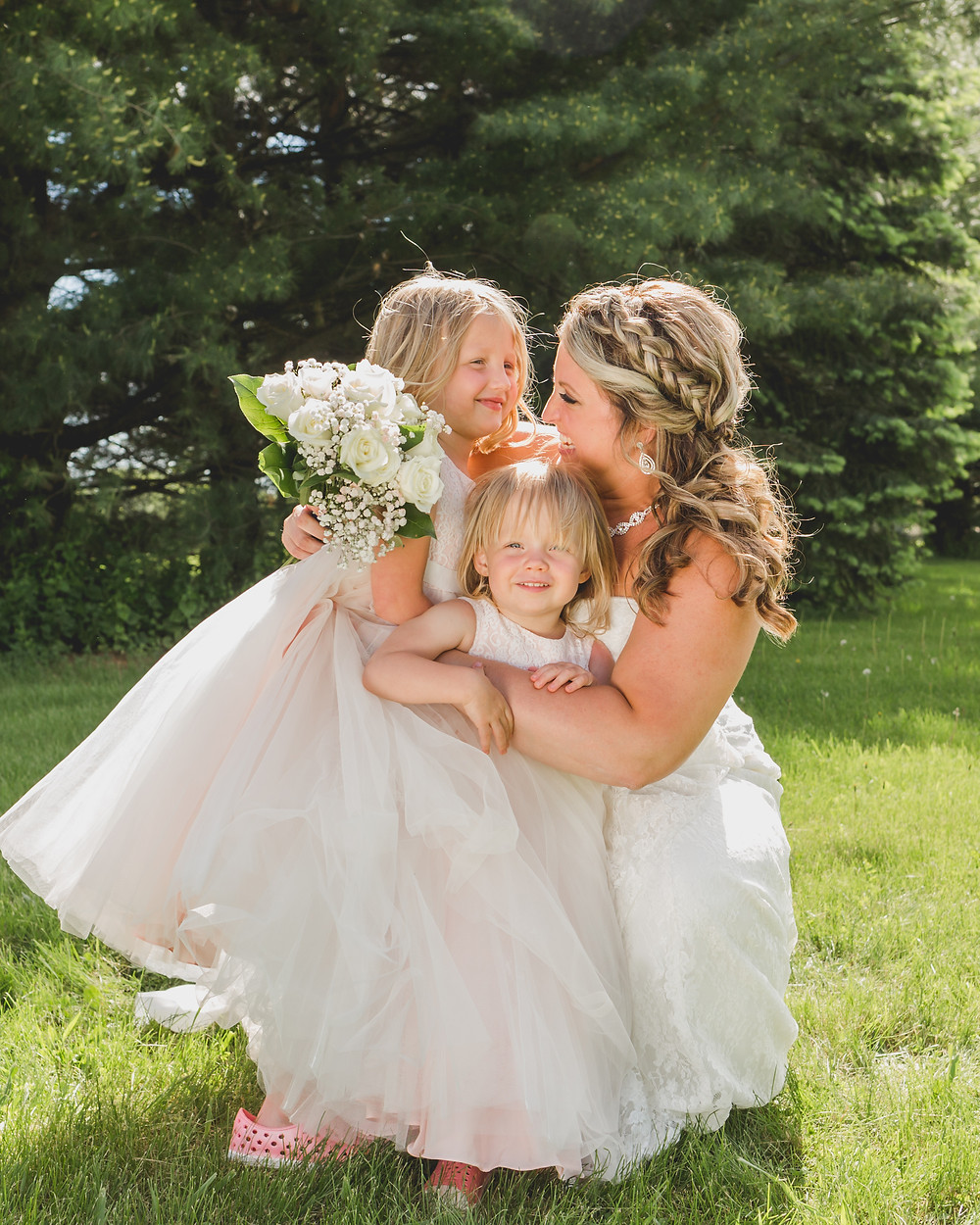 South Elgin wedding photography, flower girls, wedding photographer