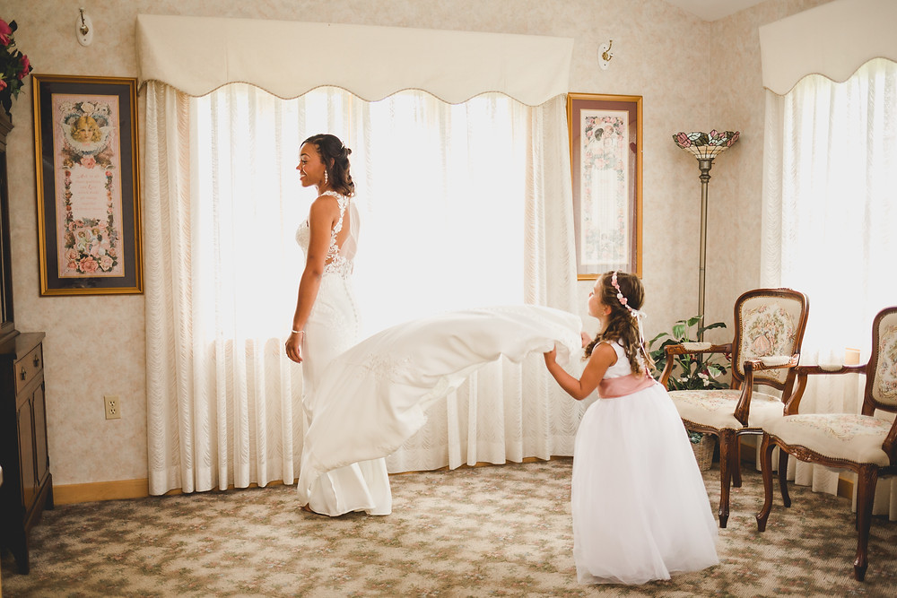 Bride and daughter getting ready, Chapel in the Pines wedding photographer