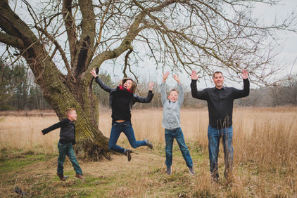 Fun and hilarious family photos. Leroy Oaks St. Charles IL. Composed and Exposed Photography