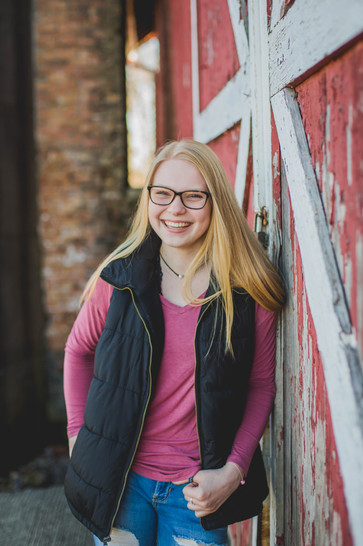 Rustic senior session. Barn Senior Session #SouthElginPhotographer Composed and Exposed Photography