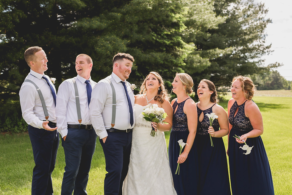 Fun wedding party photos, Illinois wedding photogrpaher