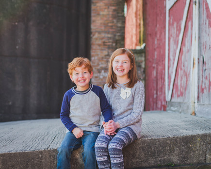 Rustic family photos. Leroy Oaks Saint Charles IL. Composed and Exposed Photography