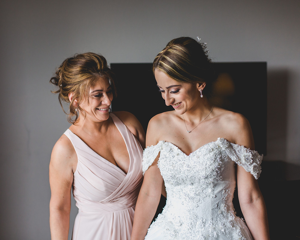 Mom and daughter on wedding day, Composed and Exposed Photography, Chicagoland wedding photographer