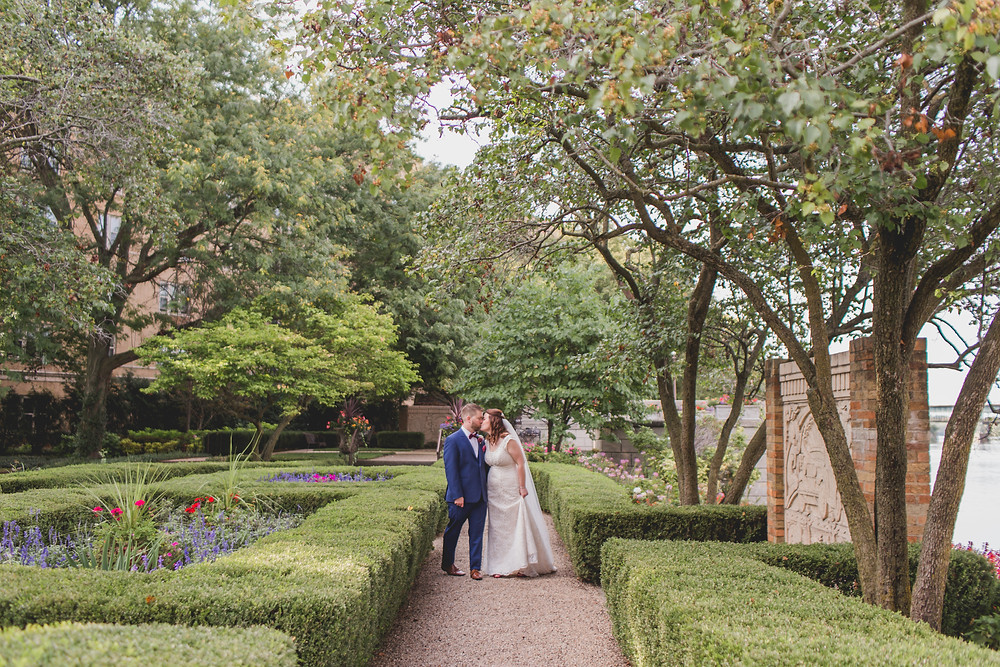 Gardens at Hotel Baker. Wedding Photography