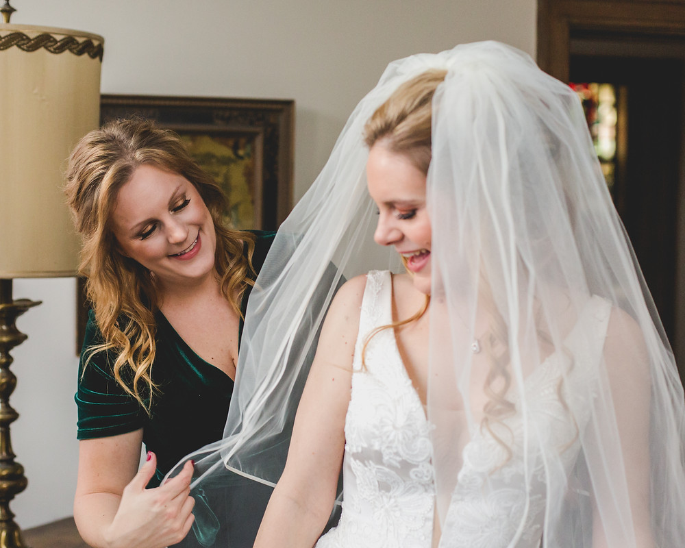 Maid of Honor and Bride, Bride getting ready photos, Wedding photography, Illinois wedding photographer, Wedding photographer located in Geneva, Composed and Exposed Photography