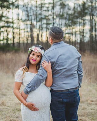 Maternity session at Leroy Oaks in Saint Charles IL. #St.Charles IL photographer Composed and Exposed Photography
