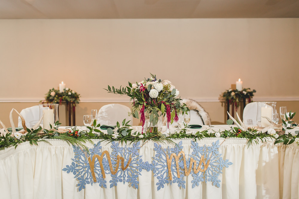 Riverview Banquets in Batavia IL, winter wedding, wedding photographer in Batavia IL, wedding decorations,