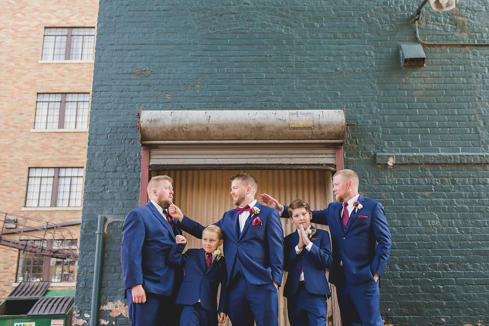 Funny groomsmen photos