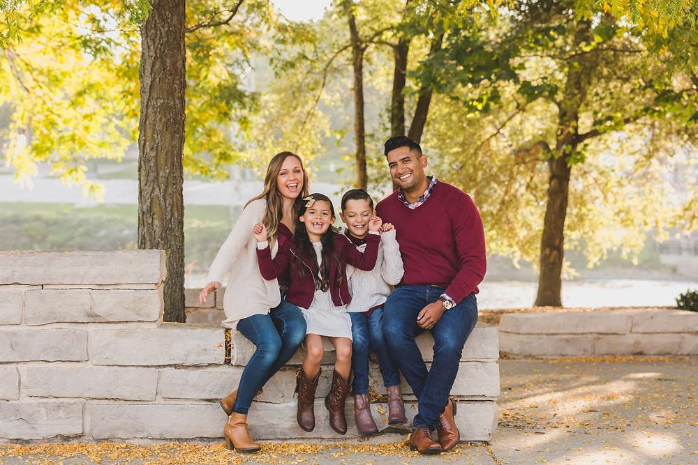 family session, family photo shoot, Illinois photographer