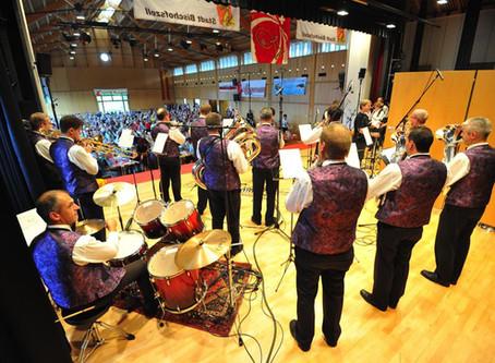 Beliebteste Blaskapelle 2013 am 10. Schweizerischen Blaskapellen Radio Wettbewerb in Bischofszell