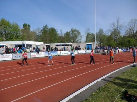 Atletiekwedstrijd AV Zuidwal druk bezocht