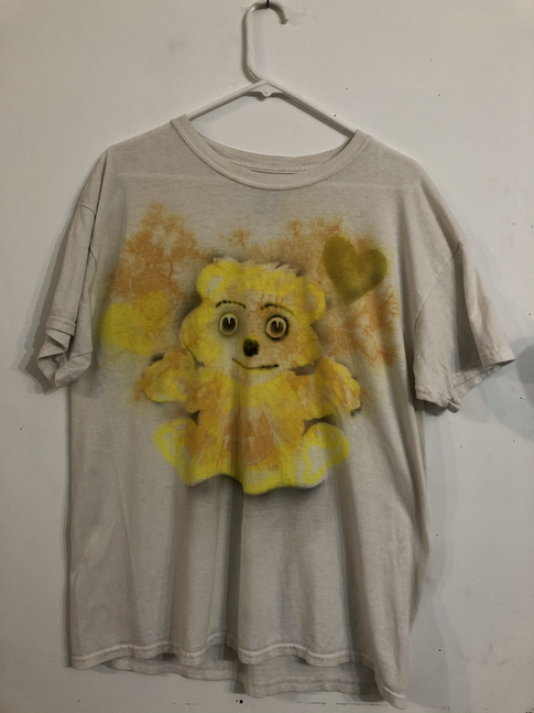 Gildan Sz L 100 % cotton (sold)