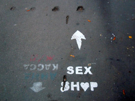 Moskva, sex shop.jpg