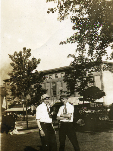 1910 Peanut Wagon Central Park