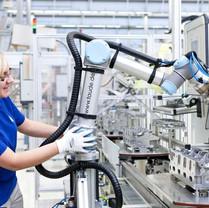 Cobot_Universal Robots_S.jpg