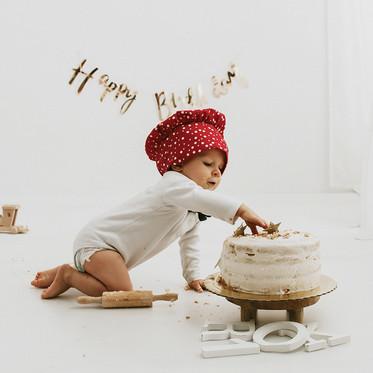 "Rodzinna sesja WHITE na roczek  ""Smash cake"""