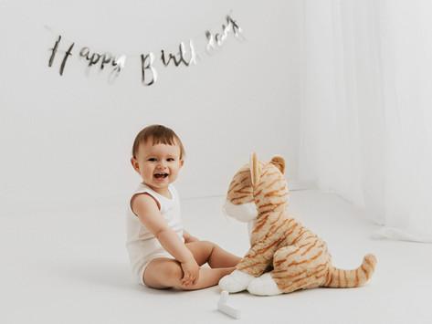 Sesja na roczek - WHITE - Oliwer
