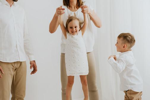 sesja rodzinna WHITE (8).jpg