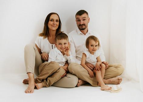 sesja rodzinna WHITE (10).jpg