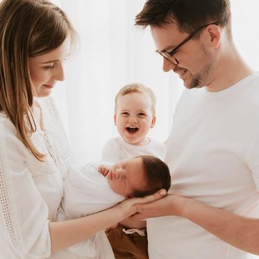 Sesja noworodkowa White & Stylizowana- Zbyszek 14 dni