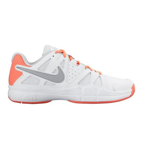 dc45944fb2d De Nike Air Vapor Advantage Tennisschoenen voor dames zijn lichtgewicht en  hebben een bovenwerk van synthetisch materiaal. De tennisschoenen hebben  een ...