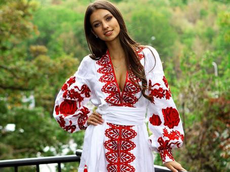LES FEMMES UKRAINIENNES DES PETITES VILLES À LA RECHERCHE D'UN MARIAGE