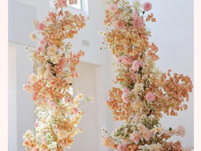 Floral Pillars: Wedding Ceremony Feature