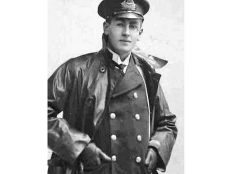 Flight Lieutenant Walter Edward Traynor, 3rd Squadron, the Royal Naval Air Service
