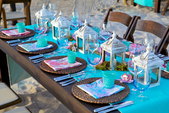 beach_weddings_tropical_wedding_reception_decorations_the_destination_wedding_blog_-_jet_fete_by_bri