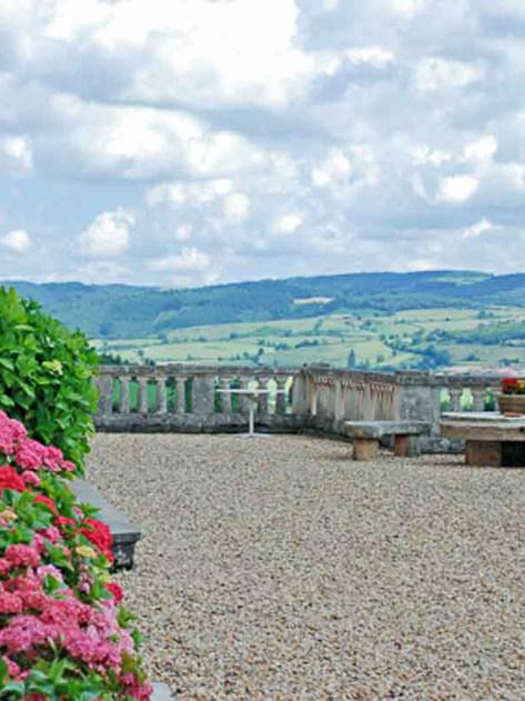 Terrasse Chateau de Verbust