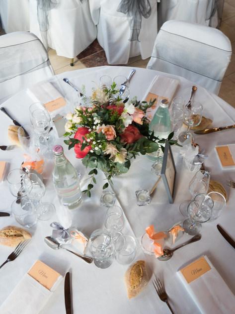 Diner assis house de chaise décoration mariage chateau de verbust Beaujolais