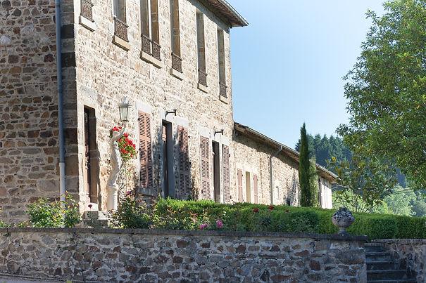Hebergement reception Beaujolais château de Verbust