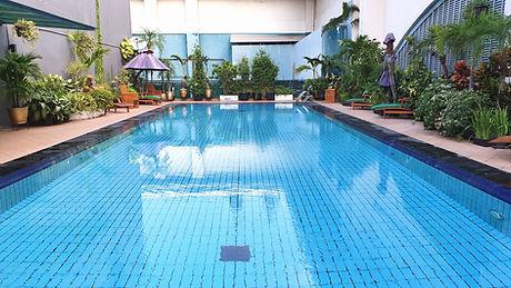 Adult pool_edited.jpg