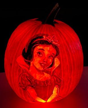 Snow White Pumpkin Carving
