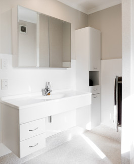 Shared Bathroom - Downstairs