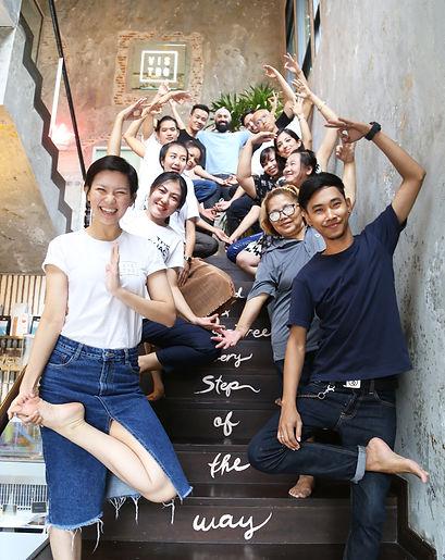 Team Yoga 002.JPG