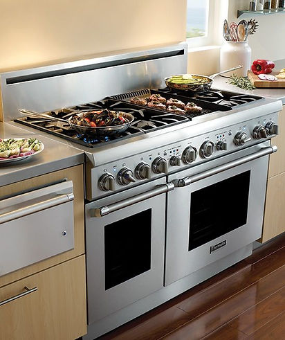 Gas Oven in kitchen