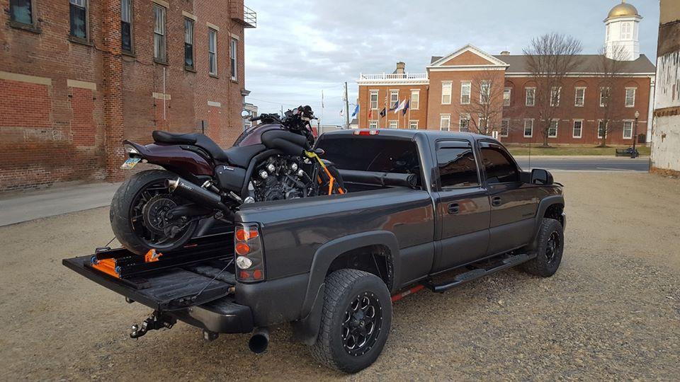 Rampe moto sur pick-up