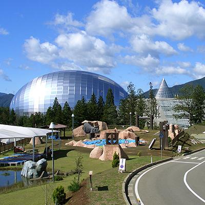 県立恐竜博物館