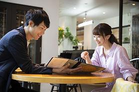 date-at-restaurant.jpg