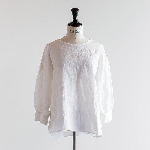 Linen Tuck Sleeve Blouse