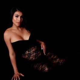 Las Vegas Maternity Photographer
