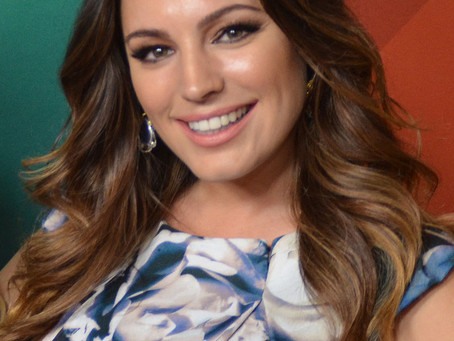 Kelly Brook may propose on Diamond Beach in Iceland