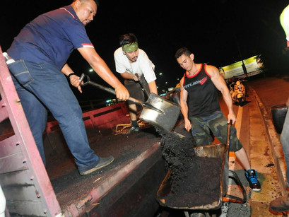 Malaysian Brothers Fix Potholes