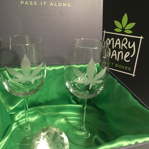 Cannabis Leaf Wine Glass